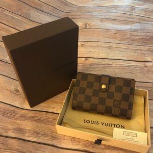 Louis Vuitton Damier monnaie viennois wallet